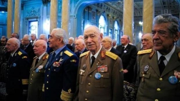 Pensiile militare – sanse de revenire la 80% in loc de 65%