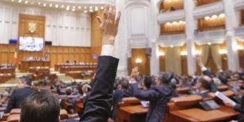 indemnizatiile alesilor locali majorate cu 30 legea urmeaza sa ajunga la iohannis pentru promulgare 231391