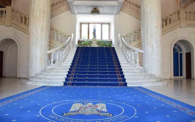 28 august – intalnire cu Ministrul Justitiei. Aspecte bugetare si acte normative in lucru